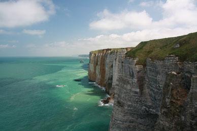 скалы Этрета в Нормандии