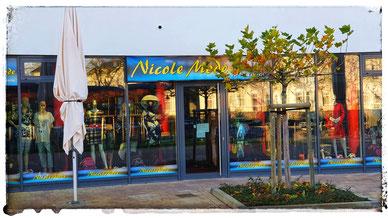 Nicoles Modeboutique befindet sich am Boddenmarkt im Zentrum von Glowe