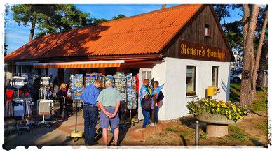 Renate´s  Boutique befindet sich am Ausgang des Kurplatzes in Glowe