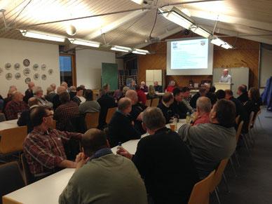 Ein voller Lehrsaal im Schaafheimer Gerätehaus zur Mitgliederversammlung am letzten Samstag.