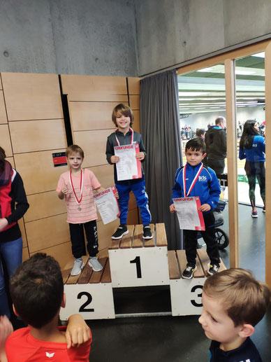 ...die DJK Sportler Mattis Morato, Matthias Rebmann und Jona Nelluvelil  abonnieren das Siegerpodest ;-)