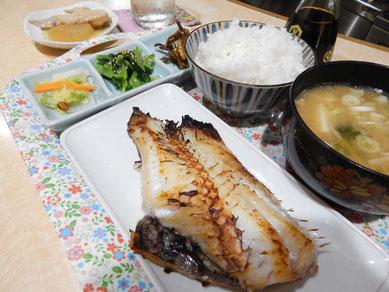 居酒屋 釜山 ランチ お魚定食