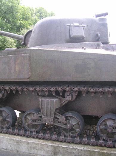 Auch hier der obligatorische M3 Sherman.