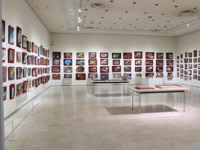 内外の著名画家が愛用したパレット画コレクションは、世界に例のない美術史的にも貴重なコレクションです。
