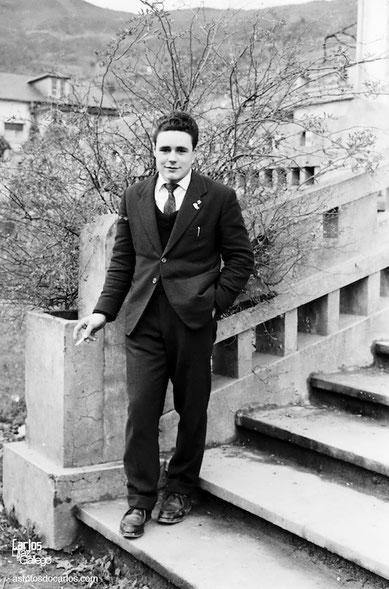 1958-Muchacho-escalera-Carlos-Diaz-Gallego-asfotosdocarlos.com