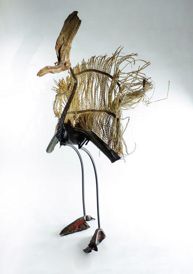 sculpture bois métal plastique
