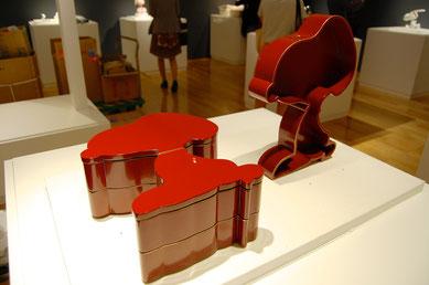 スヌーピー形の輪島塗重箱