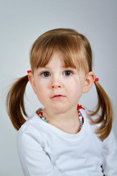 Moderne Kinderportraits - Kindergartenfotografin Iris Besemer Fotostudio Hallbergmoos für Freising, Erding, München, Landshut bayernweit