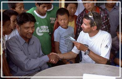 Spendenübergabe-Juergen-Sedlmayr-Nepal62
