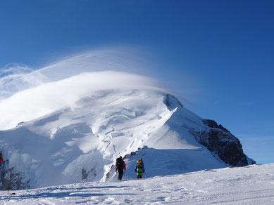 Le sommet est à vue, plus que jamais accessible
