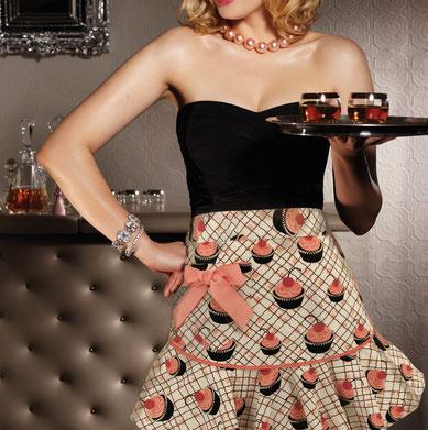 Jessie Steele Schürze mit Cupcakes