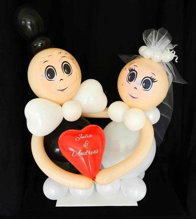 kleines Luftballon Brautpaar Ballon Braut Bräutigem mit Namen personalisiert beschriftet Herz Geldgeschenk Hochzeit witzig Hochzeitsgeschenk