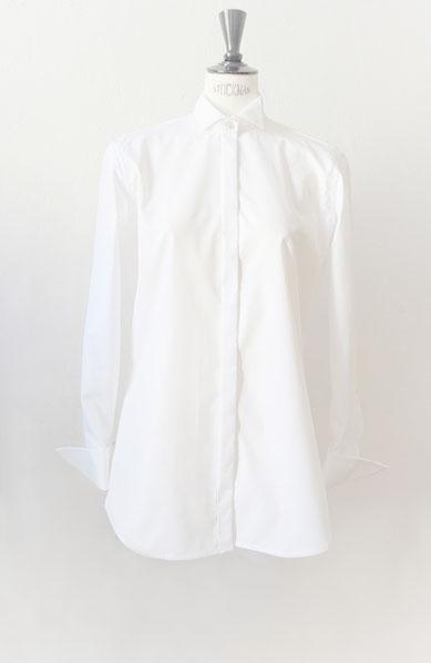 Schlafhemd mit Vatermörderkragen in weiß