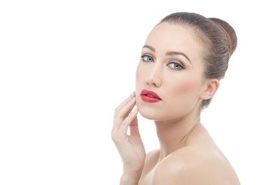 manchas en la piel, productos naturales, oriflame colombia, productos oriflame, afiliacion oriflame, catalogo oriflame, cuidado de la piel con manchas, eliminar manchas rostro