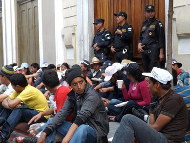 Guatemala City: Studenterprotester mod regeringens privatiseringspolitik på universitetsområdet