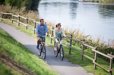 Auf dem Weser-Radweg © Teutoburger Wald Tourismus, D. Ketz