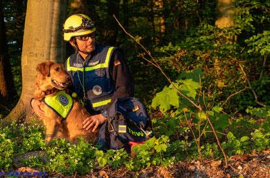 Golden Lining Belana Rettungshund