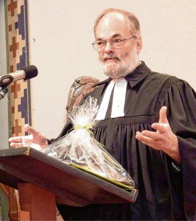 Verabschiedete sich in einem Fest-Gottesdienst in den Ruhestand: Pastor Jan Kempermann.