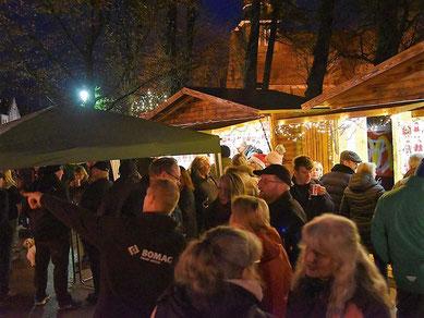 Abendstimmung auf dem Schenefelder Weihnachtsmarkt