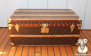 Malle aéro Louis Vuitton 1914 malle2luxe expert
