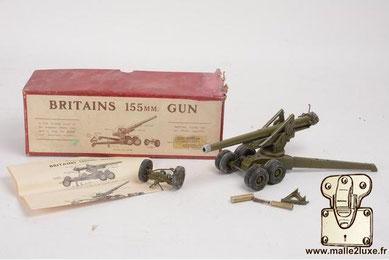 Britains, canon 155 mm Louis Vuitton son salon de jouet