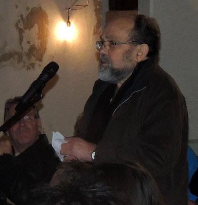 Herr Dr. Barth, einst praktizierender Arzt in Oebisfelde, hatte ebenfalls einige pikante Fragen an die Kandidaten. Unter anderem ging es um Erhöhungen von Gebühren.