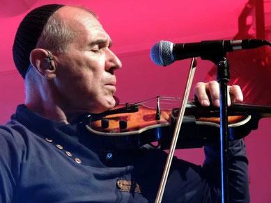 Georgi Gogow verzaubert mit seiner Geige