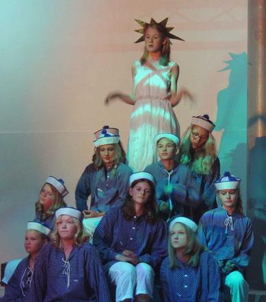 Die sehnsucht der Matrosen. In Szene gesetzt nach Ideen von Luise Douillet....oder war es doch der Tanz der Meerjungfrauen? Man möge mir diesen Fehler verzeihen, sollte es einer sein....
