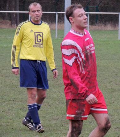 Michael Lippert, rechts, der Torschütze zum 2 : 1