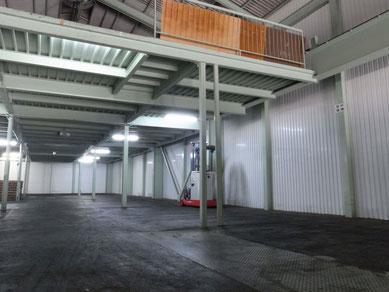倉庫内写真2 階東側