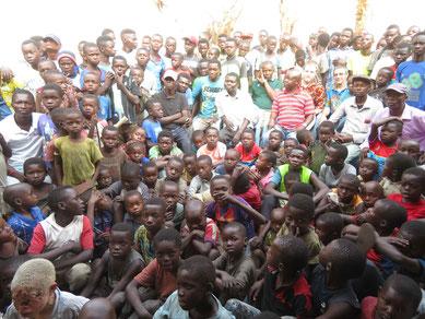 Public-Viewing in Matamba-Solo