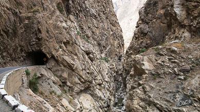 Cañon del Pato, teilweise nur 15m breit und mit 35 Tunneln eine Herausforderung