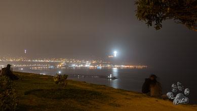 nächtlicher Blick auf Lima - vom Stadtteil Barranco aus gesehen