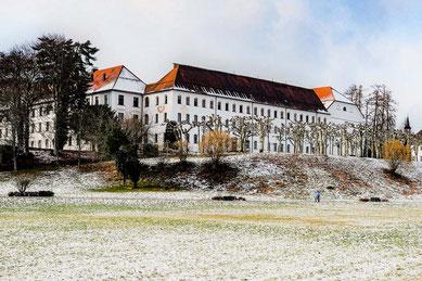 chorherrenstift-der-augustiner-herrenchiemsee