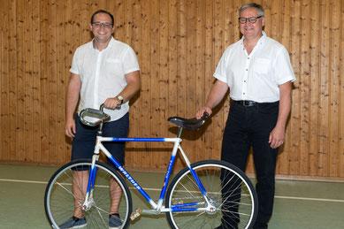 Christoph Schwab (links) löst Thomas Hassler als Vorstand ab