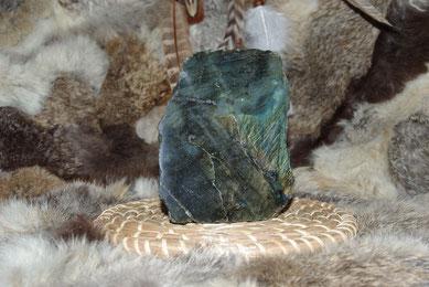 Labradorite, la pierre du thérapeute