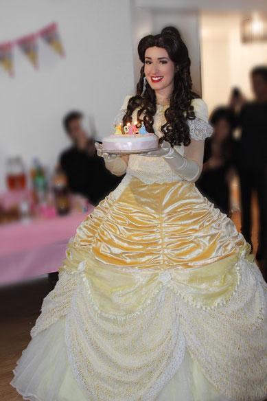 Anniversaire Belle à domicile