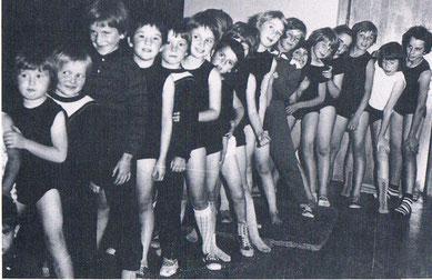 Die Mörsbacher Jugend im Trunverein