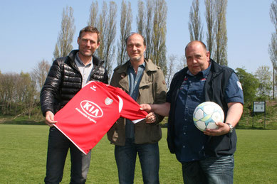 Ingo Anderbrügge, Schauspieler Martin Brambach und Jugendleiter Albert Guse. Foto: Dirk Hantrop
