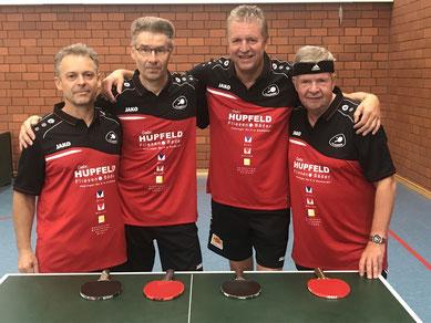 Bereit für die neue Saison: das eingespielte S-Team der 4. Herrenmannschaft mit Schellenberger, Schindewolf, Schauer und Schuppner.
