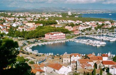 Апартаменты Трибунь Водице с садом и видом на море, отдых в Хорватии