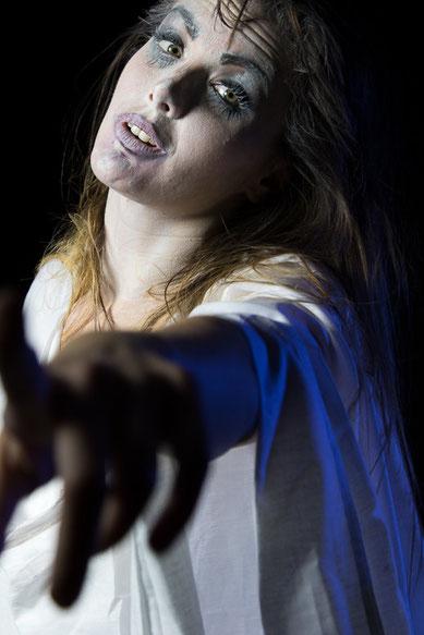 722.437 © 2016 Alessandro Tintori - Denise Brambillasca - Make up Selene Greco - C619 Stage fotografia ritratto teatrale