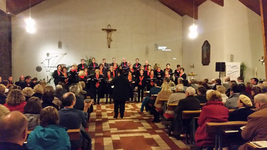 "The choir ""criss cross"" from Beltheim at his anniversary concert..."