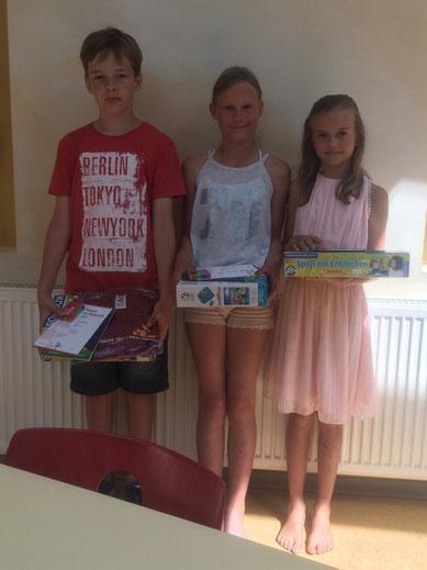 von links nach rechts: Jonathan H. (10 Jahre), Lotta W. (10 Jahre) und Frieda F. (10 Jahre)