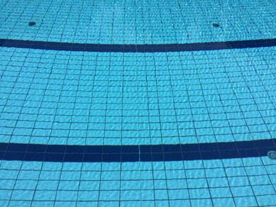 Freibadspaß im Sommer