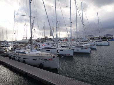 Bavaria Flotte in der Marina Lanzarote