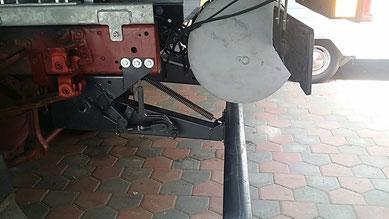 Die Klappvorrichtung erlaubt ein anheben des UFS um ca. 15cm