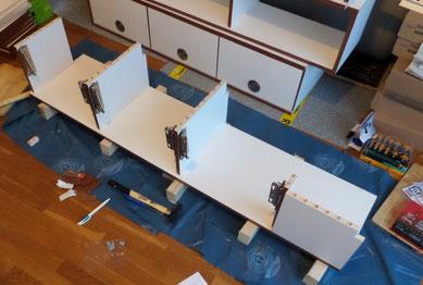 Dank präzisem Arbeiten mit der Dübelleiste sitzen die Einzelteile alle an ihrem Platz