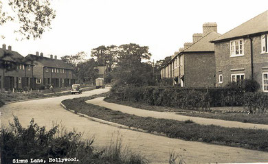 Simms Lane c1952. Image free of copyright from the late Peter Gamble's Virtual Brum website, sadly no longer online. The houses on the left were newly built; those on the right date from between the wars. Thanks to Mick Hill for dating this photograph.