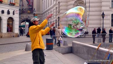 Jugglers in Vienna